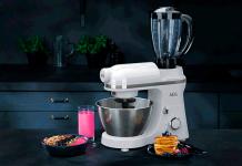 AEG bringt mit den beiden 3Series Küchenmaschinen Schwung und Vielfalt in die Küche