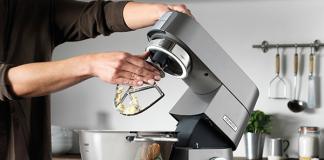 Welttag des Backens mit Kenwood Küchenmaschine Chef Titanium