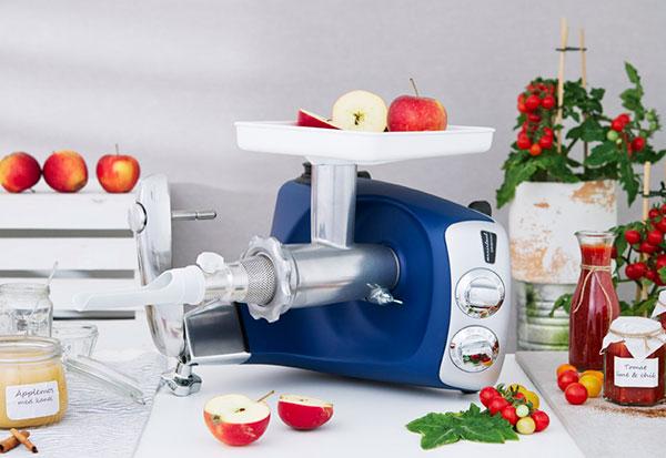 Die Neue Version Der Legendaren Ankarsrum Kuchenmaschine Ce Electro