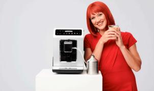 Miss IFA präsentiert:  Krups Kaffeevollautomat Evidence EA893C von Groupe SEB