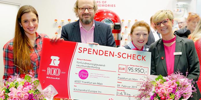 Kitchen Aid spendet 95.950 Euro an Aktion Pink Deutschland