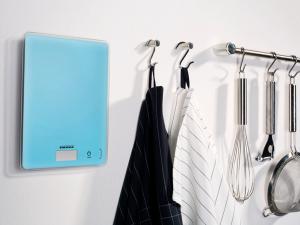 Trendige Farbdesigns sorgen bei Soehnle Waagen für modische Akzente