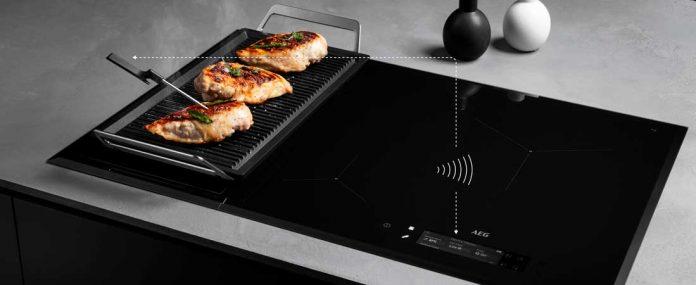 AEG vernetzt Fleischthermometer und Kochplatte. Foto: AEG