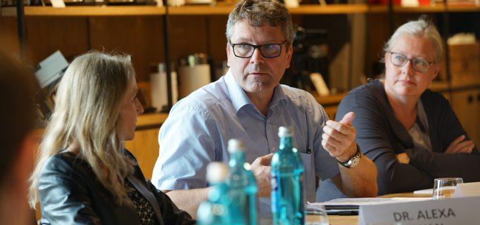 Mathias Schulze ist vom Fach, wenn es um das Thema Ladenbau geht