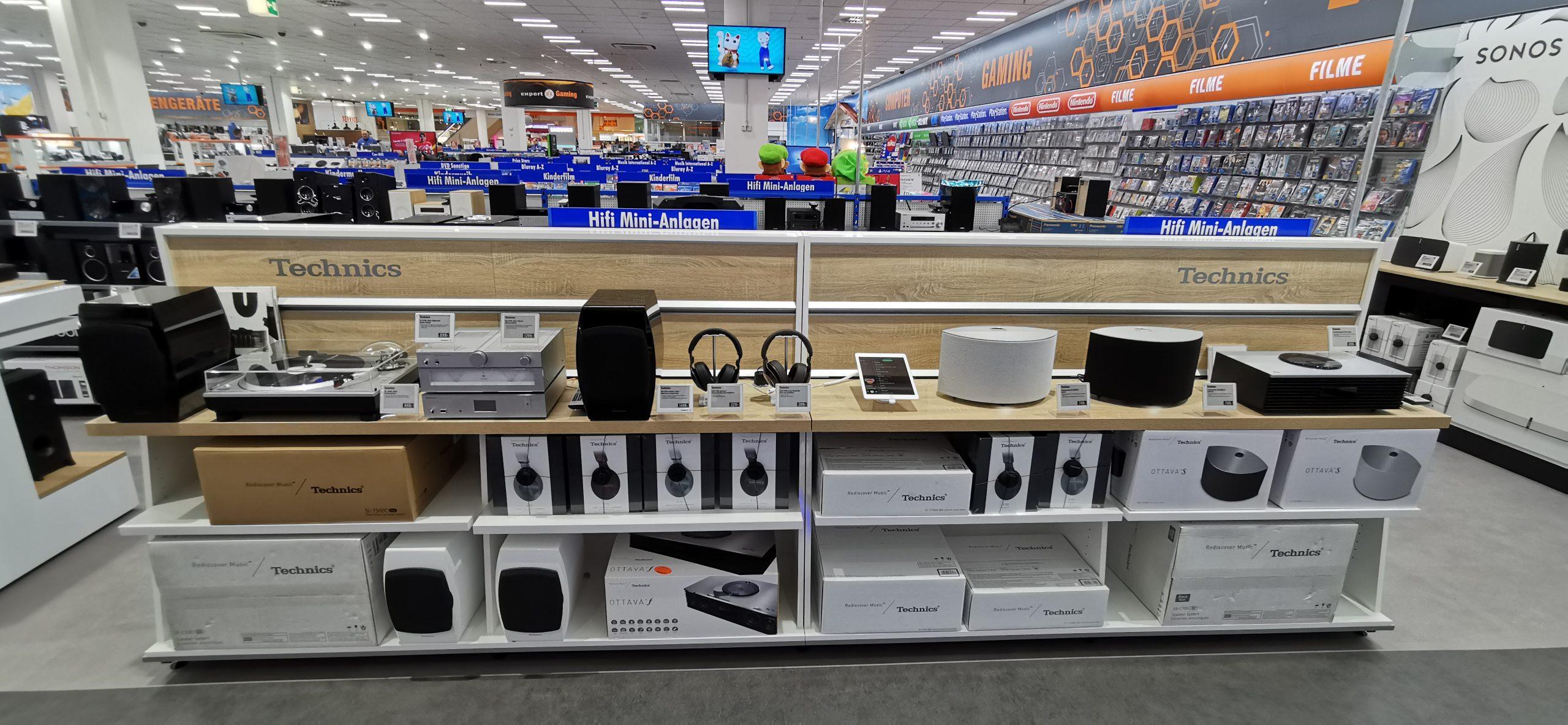 Hochwertige POS-Möbel für Audioprodukte