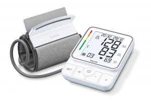 BM51 Blutdruckgerät mit Manschette von Beurer. Foto: Beurer