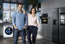 Junges Paar vor Samsung Hausgeräten aus Werbespot Zuhause unschlagbar. Foto: Samsung