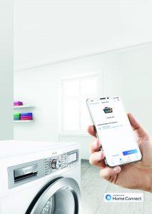 Smartphone App Home Connect steuert Waschmaschine. Foto: BSH