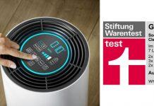 Logo Stiftung Warentest und Luftreiniger Airfresh Clean Connect. Foto: