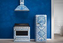 Herd, Kühlschrank und Dunstabzug mit Majolika Muster. Smeg und Dolce Gabbana. Foto: Smeg