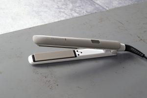 Remington Hydraluxe Haarglätter S8901. Foto: Remington