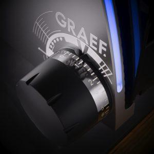 Graef Allesschneider der Serie SKS 700 mit einzigartiger LED-Safety-Contro. Foto: Graef