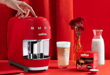 Lavazza und Smeg red passionale Eco-Caps+latte. Foto: Smeg