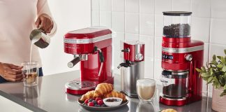 KitchenAid Halbautomatische Esspressomaschine. Foto: KitchenAid
